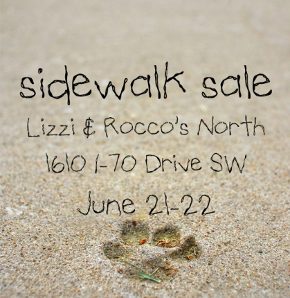 sidewalk sale small